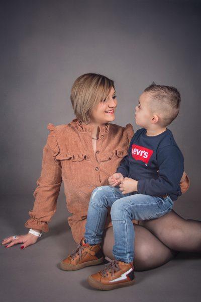 Kelly Fosse Photographie famille studio Pas de Calais